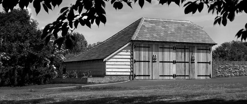 Oak Framed Garage in Wiltshire