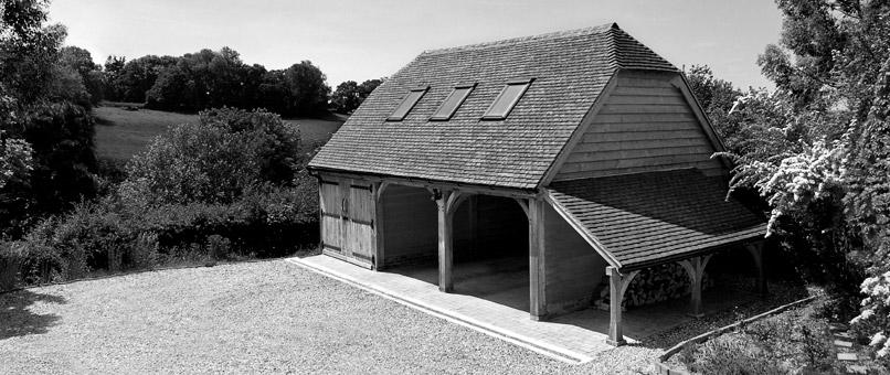 Oak garage in Hertfordshire 6